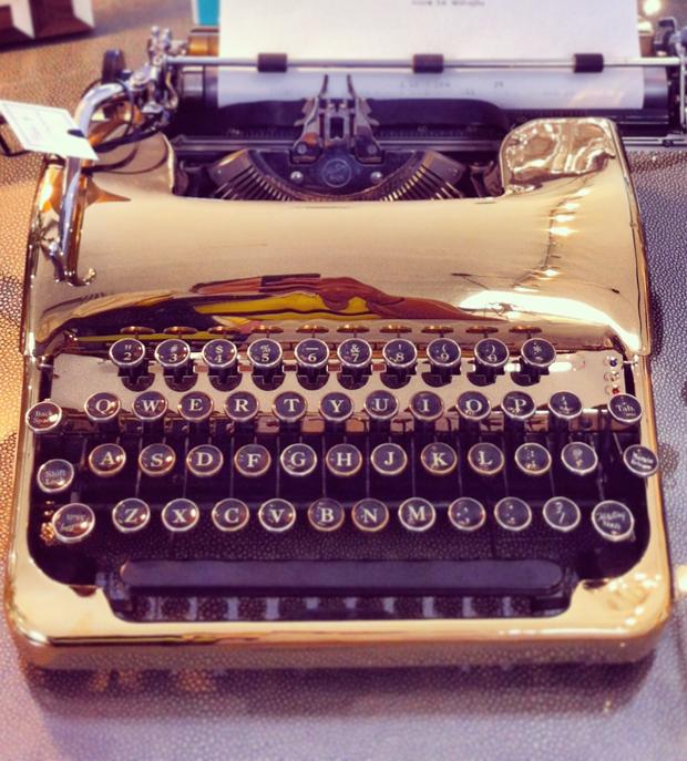 gold-typewriter