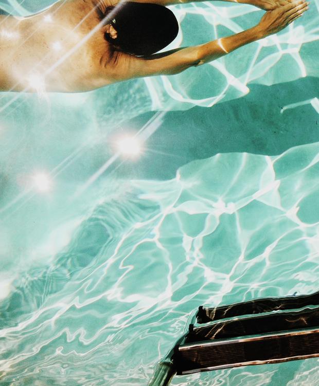 justina-blakeney-pool1