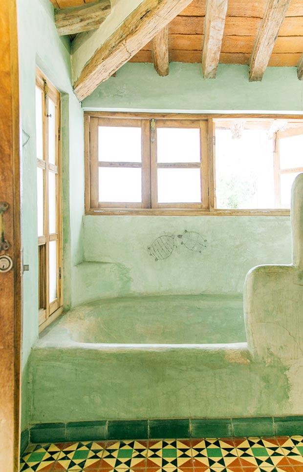 rustic-mexican-bathroom-7web