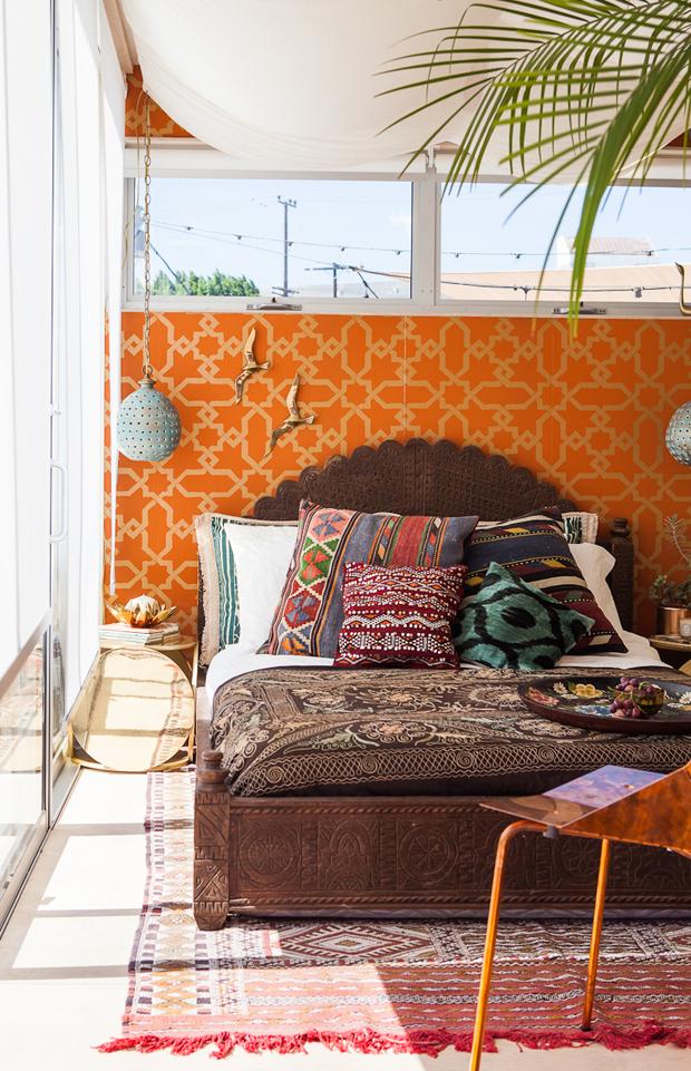 justina-blakeney-airbnb