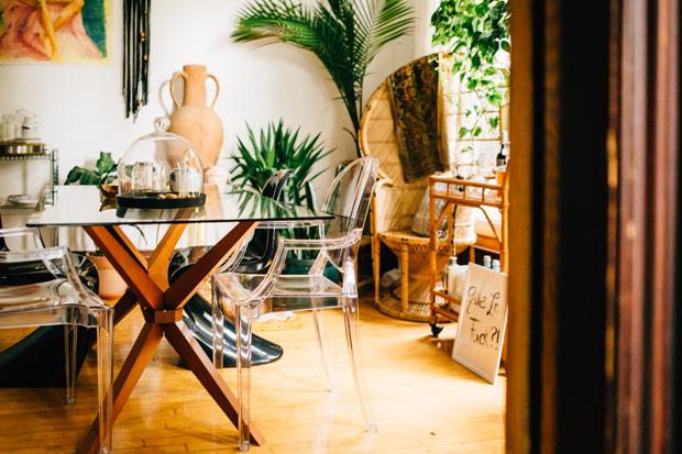 pad-peek-kara-dining-table