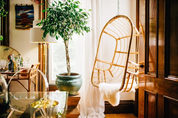pad-peek-kara-hanging-chair